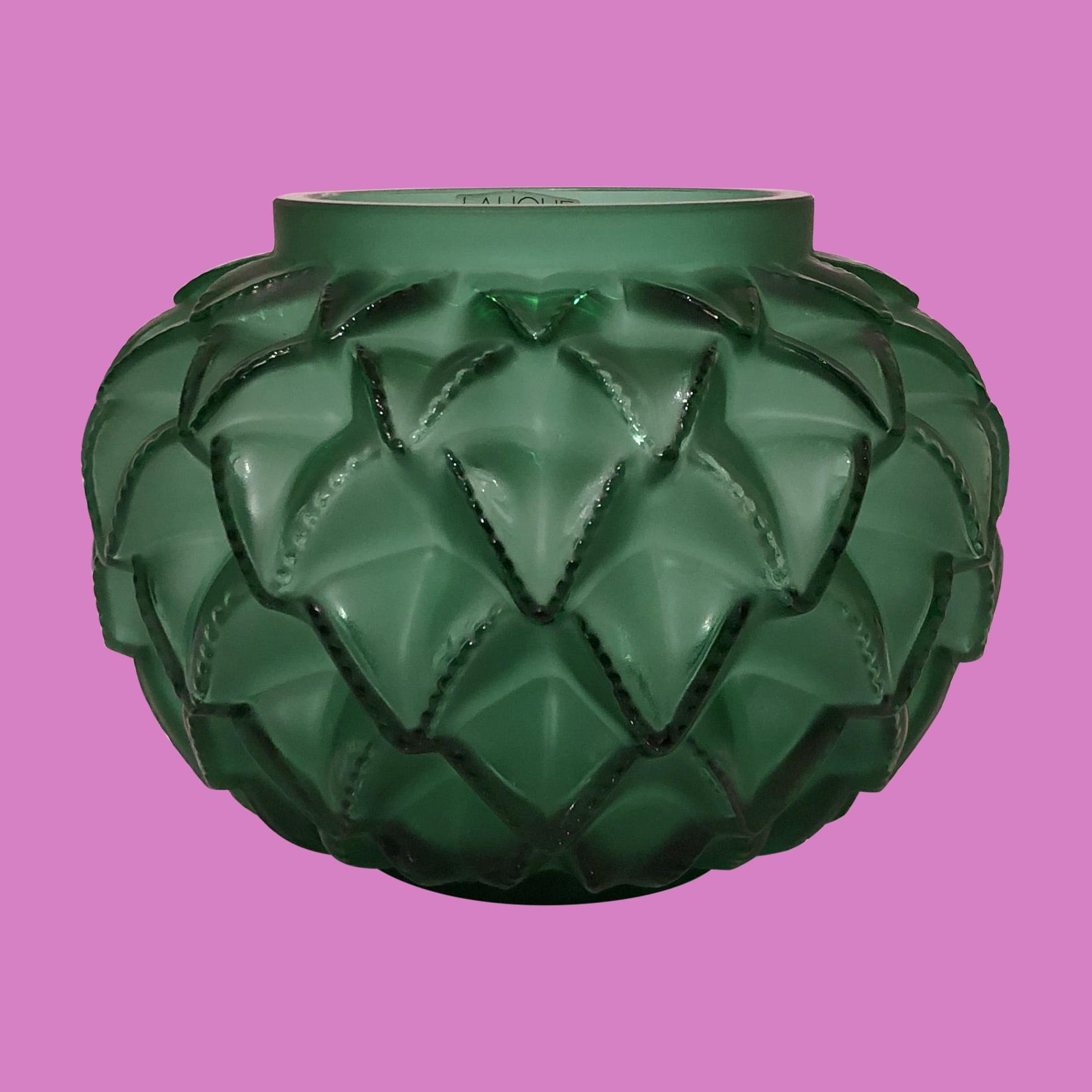 languedo-leaf-vase
